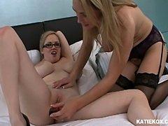 Katie Kox, Tanya Tate