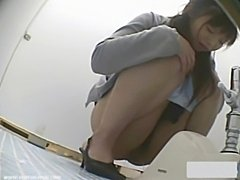Voyeur toilet japan shock 3  free