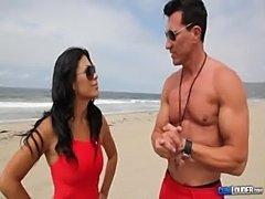 Los vigilantes de la playa parodia - baywatch parody cumloud free