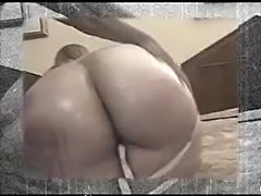 Gigantic Big Butt Bbw Milf Mona has a wild time.
