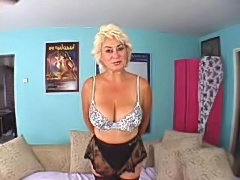 Dana Hayes shows her big natural tits